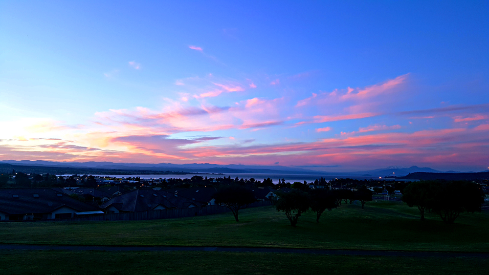 Morning sunrise on Taupo