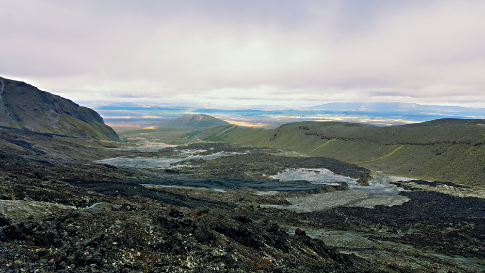 View of the volcanic plains on the tongariro crossing