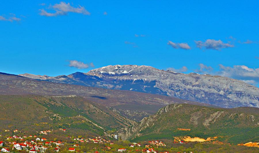 Dinara Peak from Knin